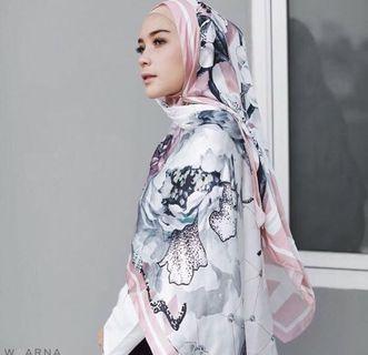 BN Waarna Printed Shawl pink