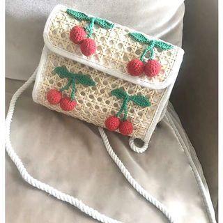櫻桃藤編側背小包