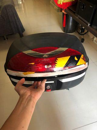 🚚 MOTORCYCLE BOX 42L FOR SALE