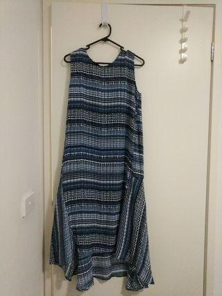 Navy blue abstract pattern dress