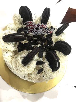 "7"" Oreo cheesecake"