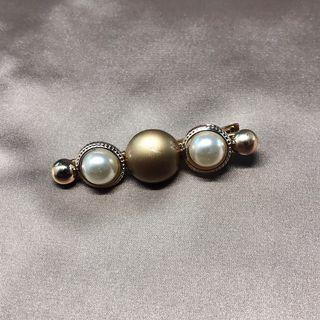 珍珠髮夾 Pearl hair clip