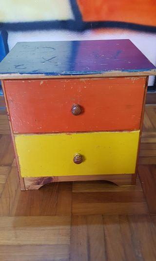 Chest of drawers (only for today)