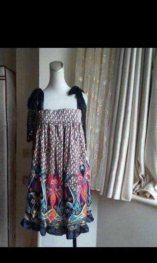 🚚 IROO專櫃蕾絲裙