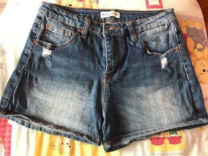 Pull and bear dark wash jean shorts