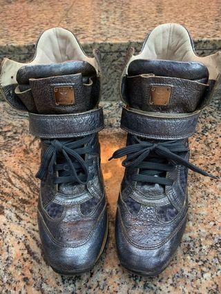 Price reduced to sell: Preloved Authentic MCM High Cut Sneakers