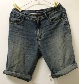 牛仔短褲 30腰 穿搭