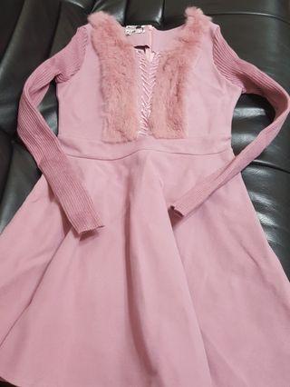 🚚 香奈愛莉粉紅彈性兔毛洋裝