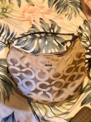 Coach OP ART HAILEY Hobo 包
