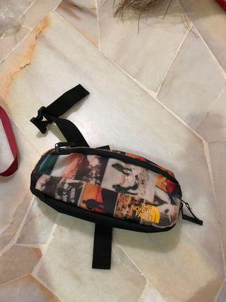 The north face waterproof pouch bag
