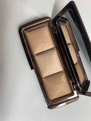 PRICE REDUCED Hourglass Ambient Lighting Palette