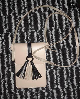 #mauthr Sling Bag
