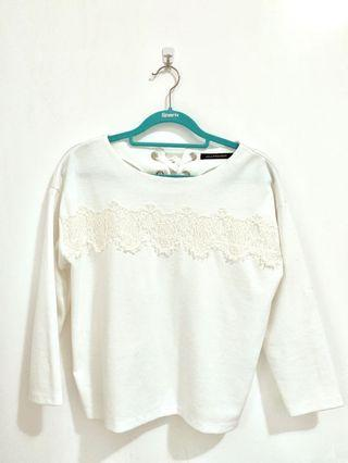 White cotton top with lace details