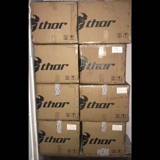 40L 60L THOR TOP BOX ALUMINUM ALLOY AEROX 155 NMAX 155 XMAX 300 400 TMAX 530 SNIPER MT15 MT03 MT09 MT07 R15 CB150R CB190 CB190R CB190X CB400 CB400X CB125 CBF190 VESPA HONDA YAMAHA DUCATI SUZUKI BMW KAWASAKI