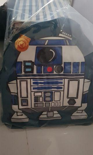 Exclusive Hot Toys Star Wars R2D2 cushion (Limited Edition)
