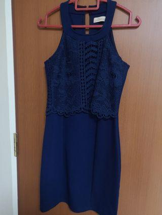 🚚 Navy Lace Dress