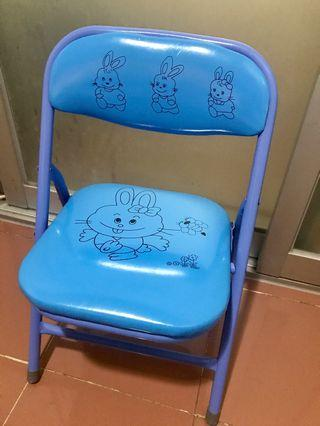 Foldable baby chair (toddler and above)