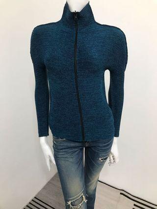 🚚 [代售]三宅一生Issey Miyake藍黑色外套