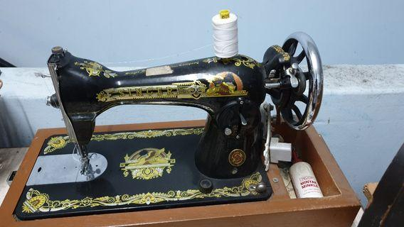 Singer Sewing Machine to let go