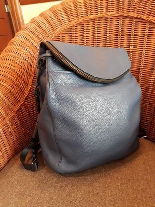 Authentic TUMI Leather Bagpack - Dark Blue