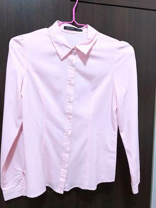 🚚 粉色襯衫、九成新、質感佳,有腰身,上班族適合