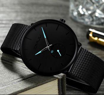 Sleek men's watch