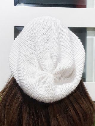 Kupluk Rajut / Knit Beanie Hat - Putih