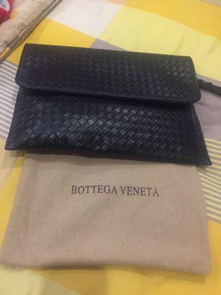 TURUN HARGA: Bottega Veneta Fold Over Clutch (Unisex - Premium)