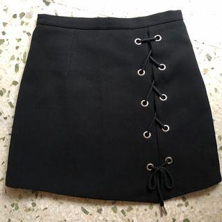 [BN] shoelace ribbon A-line skirt in black 🖤