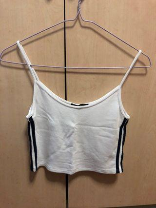 White Brandy Melville Crop Top w navy side stripes