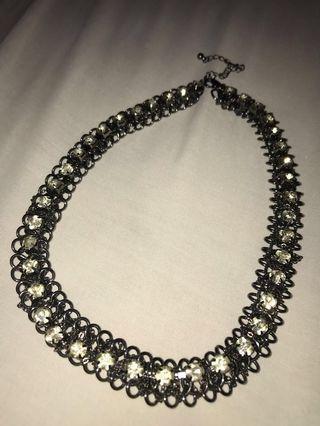 Black Necklace - Zara #mauthr