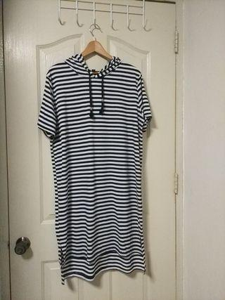 Plus Size striped hoodie dress (UK18)