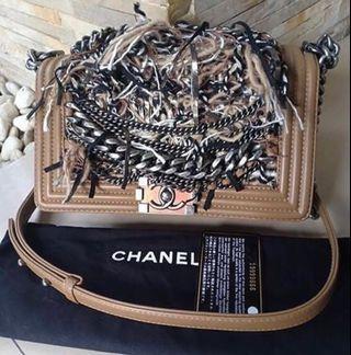 Chanel Medium 25 # 19