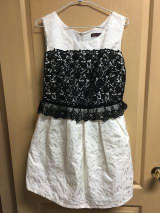 👩♻️[二手]媽媽的衣櫃 正式場合白底洋裝