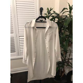 White long sleeve blouse/cardigan