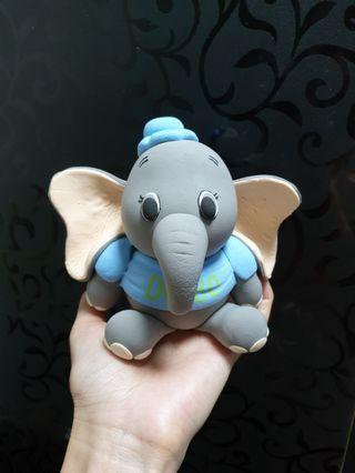 Customise cake topper Dumbo - air dry clay