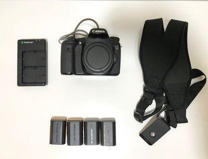 Canon 70D Body w/ FREEBIES