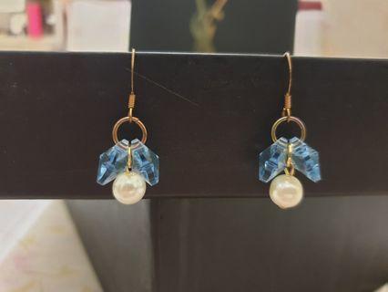 藍色水晶珍珠耳環