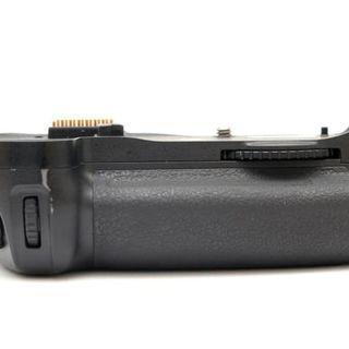 Nikon Original Baterry Grip MB-10 for Nikon D300, D300s, D700