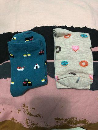 🚚 Cute long socks! (Donut and Sushi)