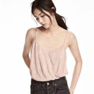 🚚 H&M Coral Pleated Spag Top