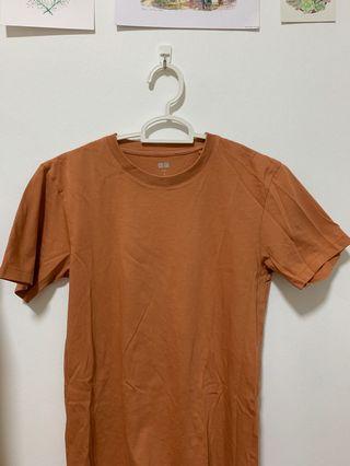 Uniqlo Basic Brown Top