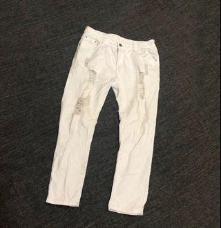 🚚 刷破造型白褲