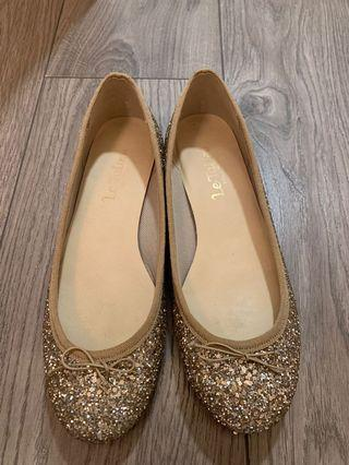 日本牌子閃石平底鞋