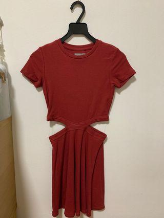 🚚 Sixty Eight Rose / Red Dress