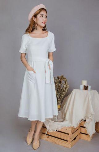 🚚 Ohvola Kira Pocket White Dress