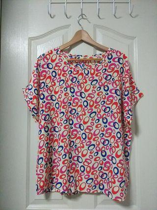 Plus Size lightweight printed blouse