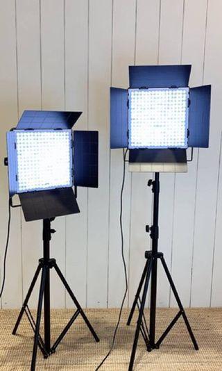 🚚 凡賽FD-LED256TGH雙燈套裝(白光)
