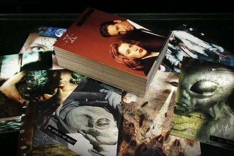 The X-FILES Season 3 Trading Cards (1996, Topps) [72 Complete Base Set]