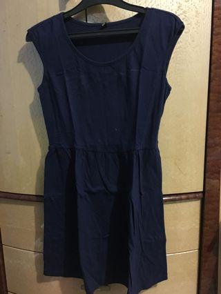 Uniqlo navy dress